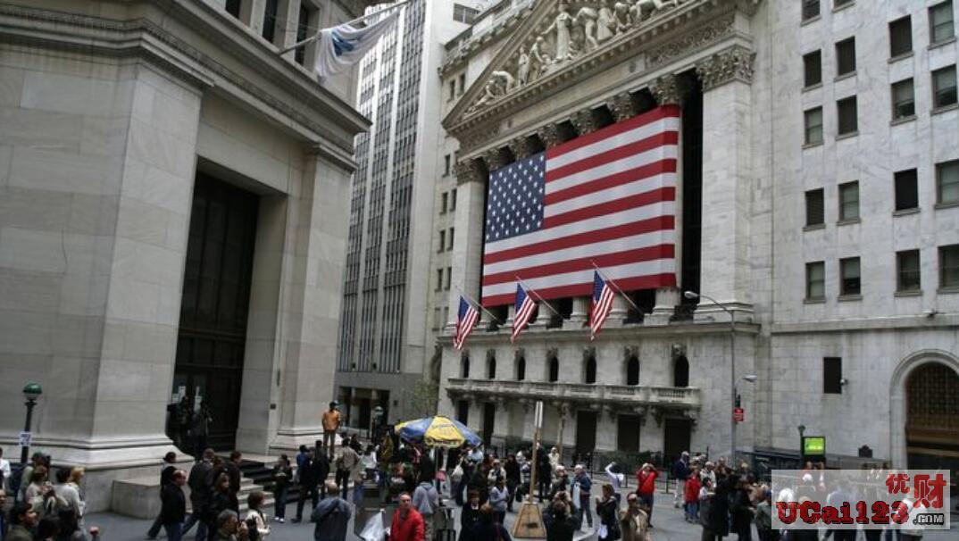 美国国债23万亿美元,每年利息5000亿美元,美国经济难道就不怕被巨额债务拖垮?