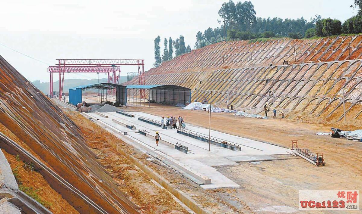 """2万亿净投放,中国钢铁企业蓄势待发,""""一带一路""""中基础建设迎来新周期"""