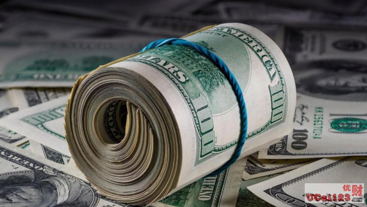 500亿美元!美国大通银行系统出故障了?美国普通夫妇多出以亿为单位的钞票,你怎么看?