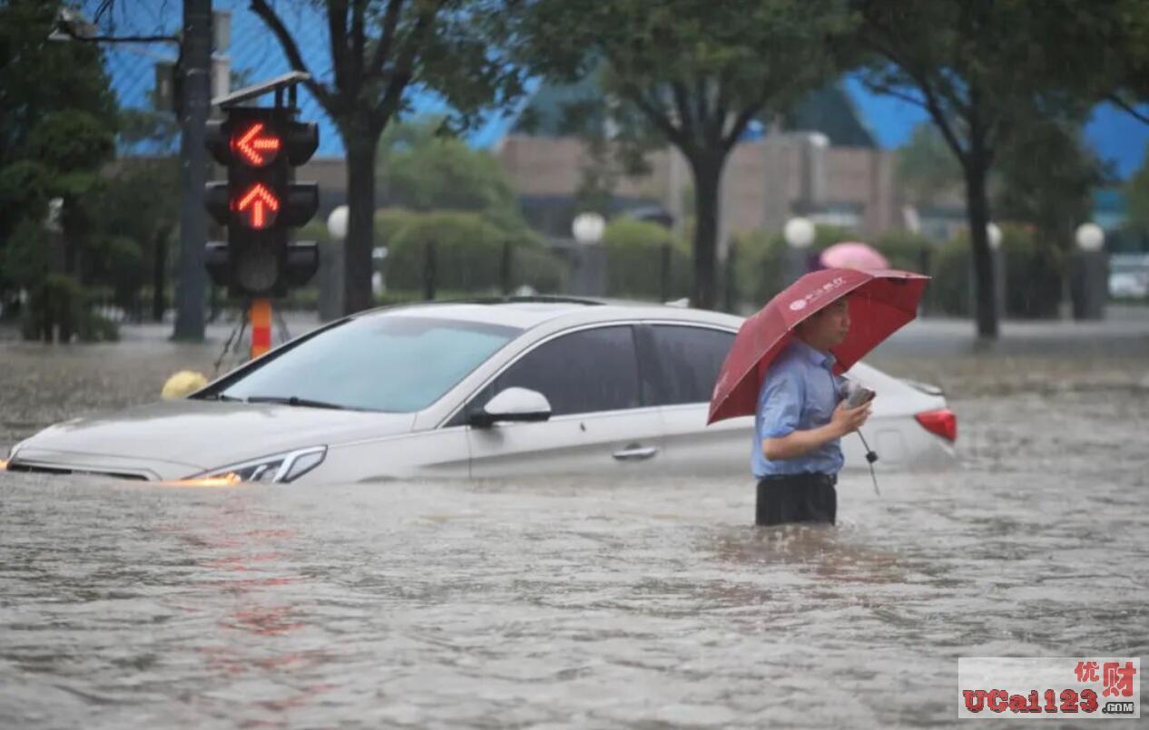 多地普降大暴雨和特大暴雨,洪涝灾情突袭河南,对中国的产业经济影响几何?